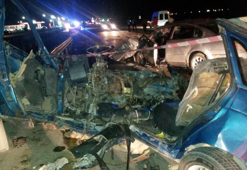 """Тяжелое ДТП недалеко от Сумгайыта: погибло шесть человек <span class=""""color_red"""">- ФОТО</span>"""