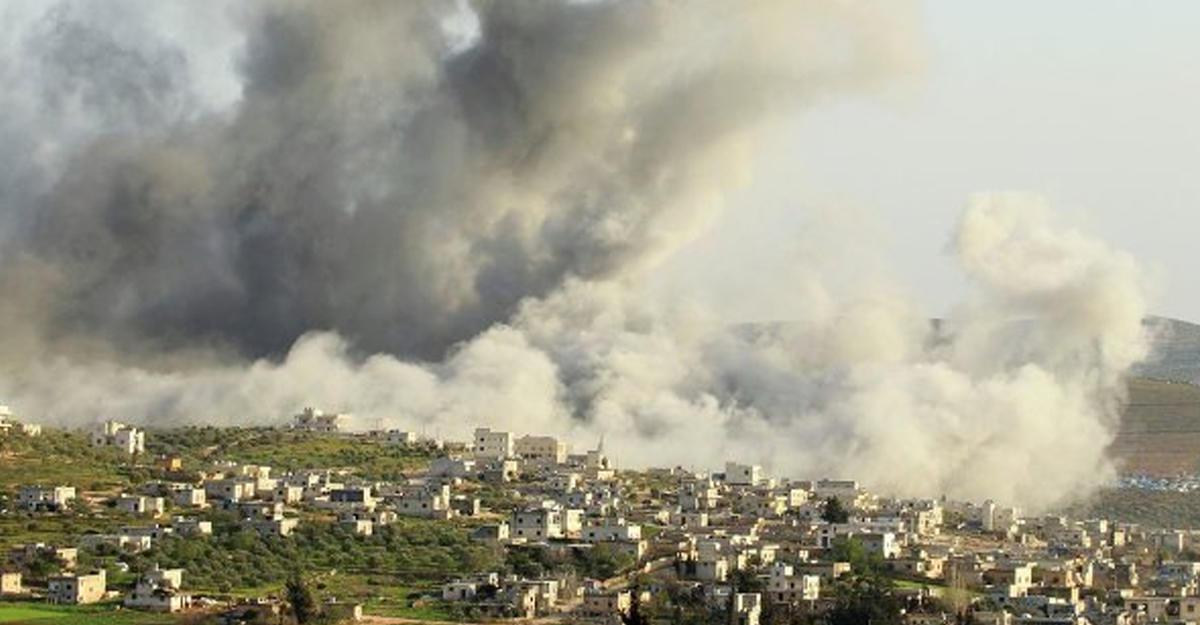 Выпущенная изСирии ракета упала нарынке вТурции, есть пострадавшие