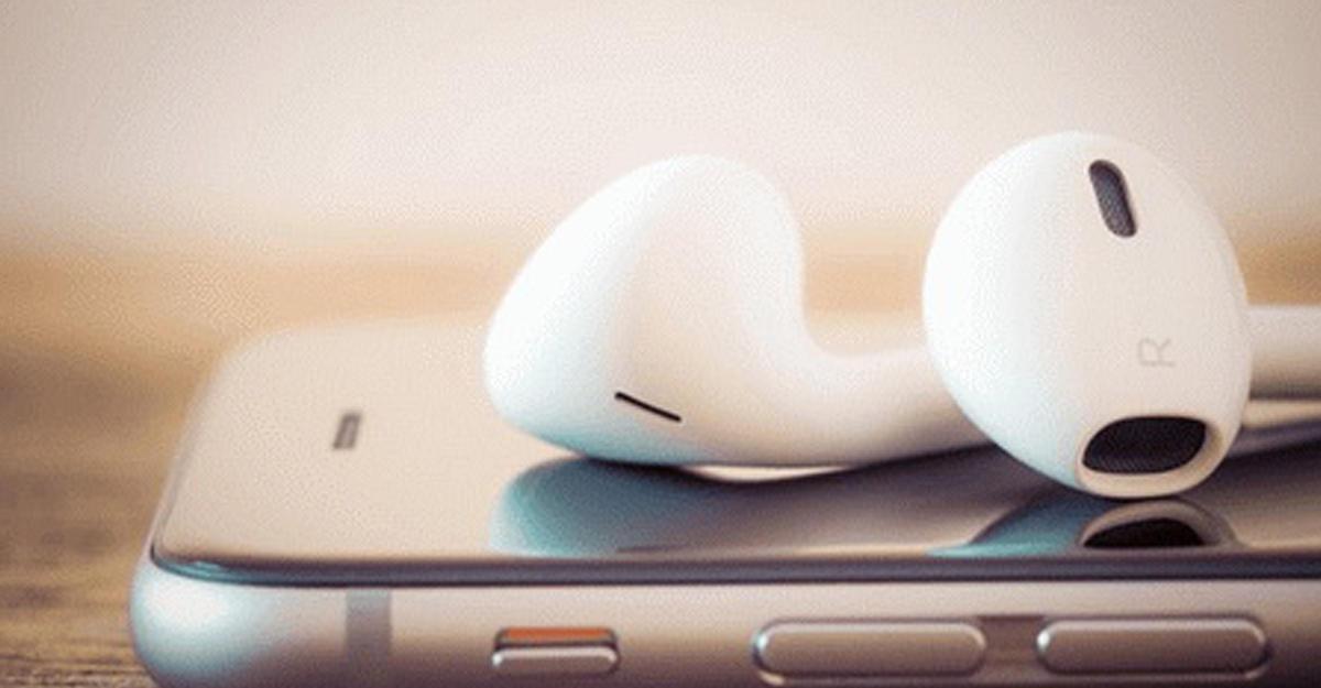Apple AirPods появились вреализации