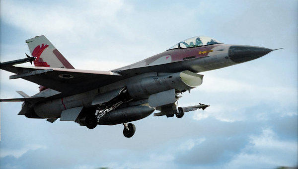 ВВС Израиля наносят удары посирийской армии наГоланских высотах