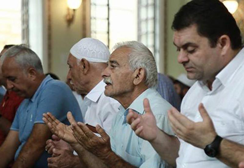 УМК о времени праздничного намаза в мечетях Азербайджана