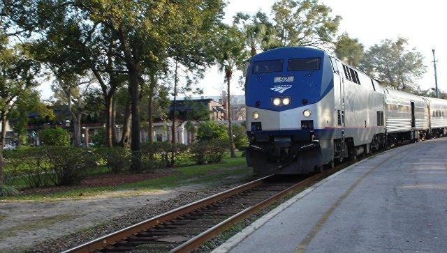 ВСША эвакуировали пассажиров поезда из-за сообщения овооруженном человеке