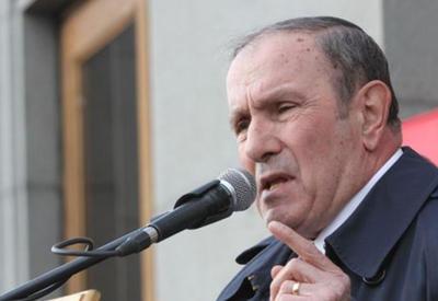 Тер-Петросян отказался отмечать день независимости Армении