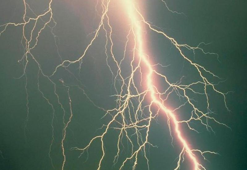 Жителя Гобустана убила молния
