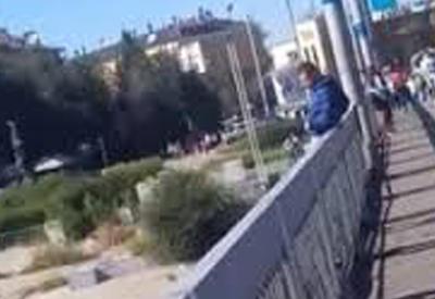 """Видео с попыткой самоубийства в Казахстане взбудоражило соцсети <span class=""""color_red"""">- ВИДЕО</span>"""