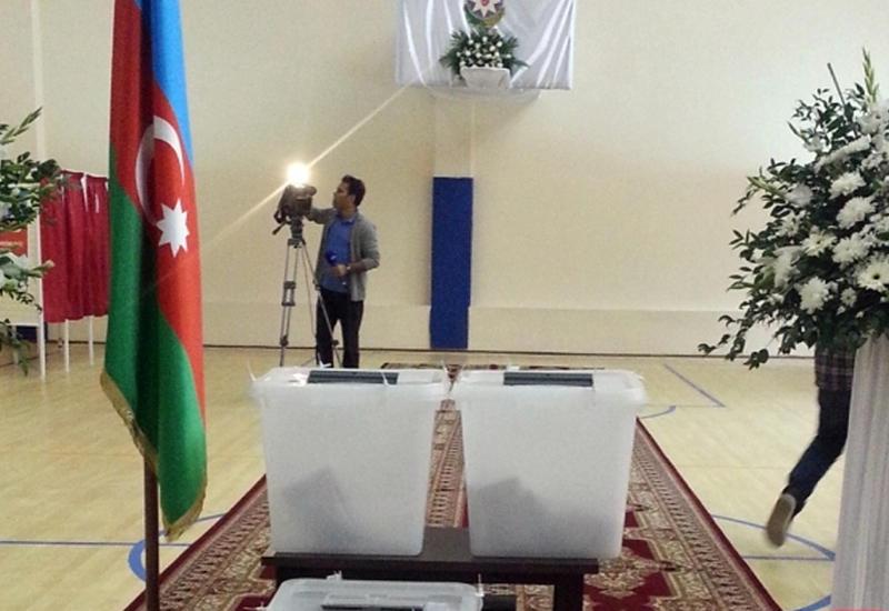 Оценочная миссия ПАСЕ начала наблюдение на референдуме в Азербайджане
