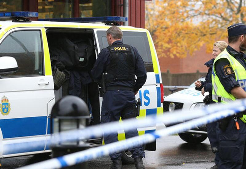 """В стрельбе из автомобиля в Швеции есть раненые <span class=""""color_red"""">- ВИДЕО</span>"""