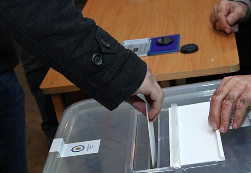 На избирательных участках в Казахстане наблюдается высокая активность избирателей