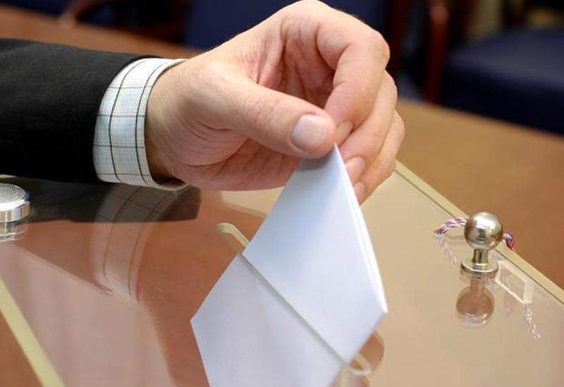 В посольстве Азербайджана в Германии продолжается активное голосование
