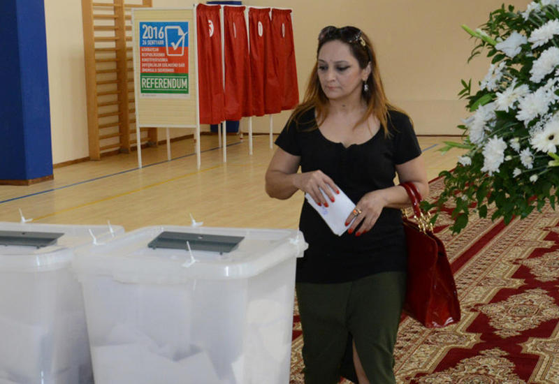 Наблюдатель из Бельгии: Европейские парламентарии довольны организацией референдума в Азербайджане