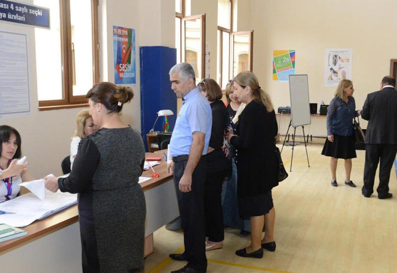 Французский сенатор: Наблюдения не оставляют сомнений в том, что референдум в Азербайджане проводится свободно и демократично