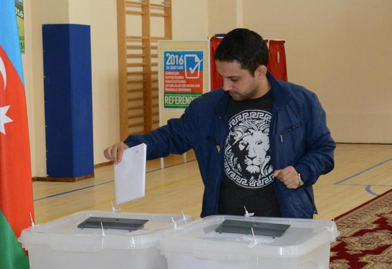 Наблюдатель из Италии: Процесс голосования в Азербайджане позитивен