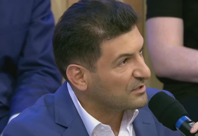 Фуад Аббасов: Военный парад в Ереване запомнился убогими пятиэтажками и больше ничем
