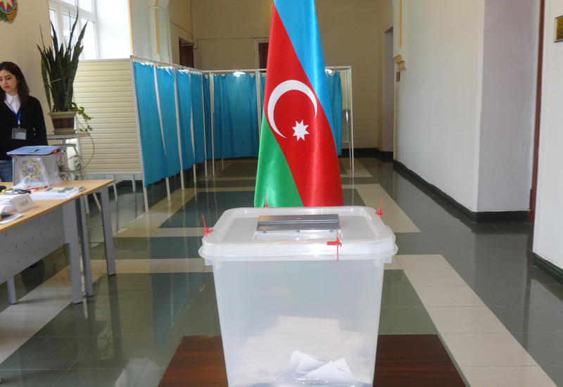 В Азербайджане проводится референдум