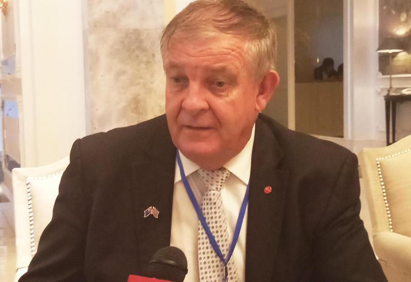 Глава австралийской делегации: Стандарты организации референдума в Азербайджане впечатляют