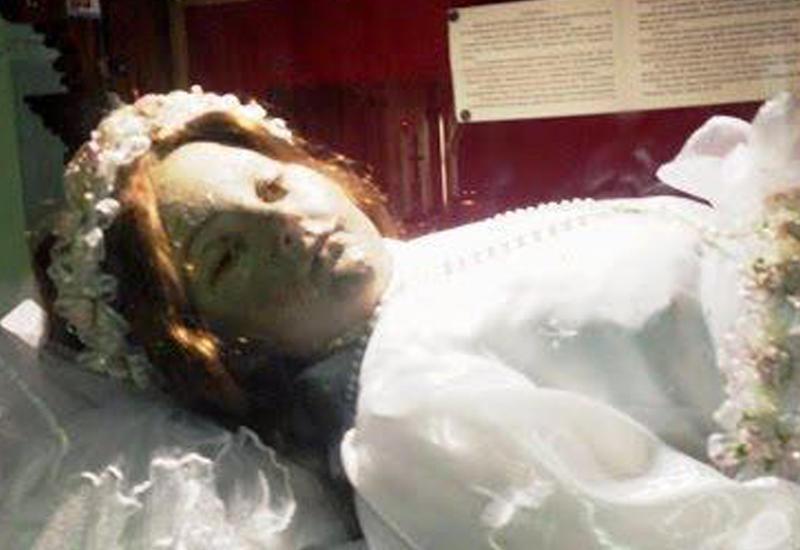"""В Мексике внезапно """"проснулась"""" 300-летняя мумия <span class=""""color_red"""">- ВИДЕО</span>"""