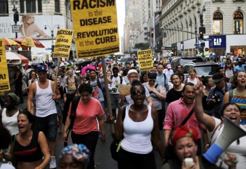 """Массовые протесты в США против полицейского произвола <span class=""""color_red"""">- ВИДЕО</span>"""