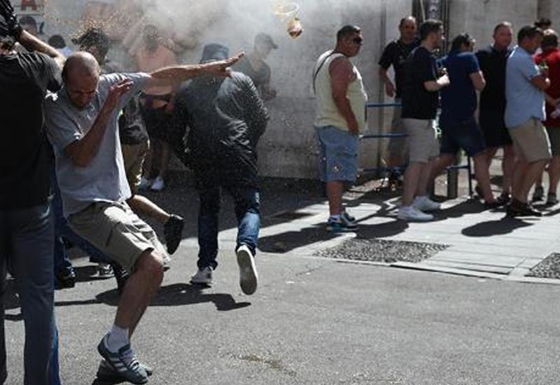 """Фанаты «Лиона» устроили драку с полицией <span class=""""color_red"""">- ВИДЕО</span>"""