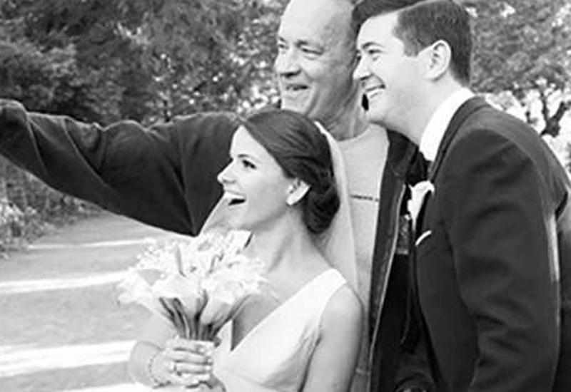 """Том Хэнкс стал случайным участником свадебной фотосессии <span class=""""color_red"""">- ВИДЕО</span>"""