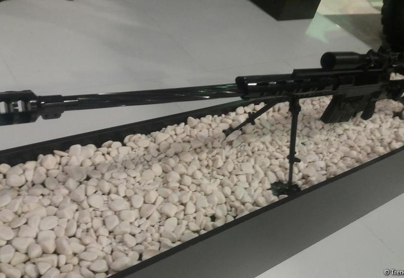 "Азербайджан демонстрирует новую крупнокалиберную снайперскую винтовку на ADEX-2016 <span class=""color_red"">- ФОТО</span>"