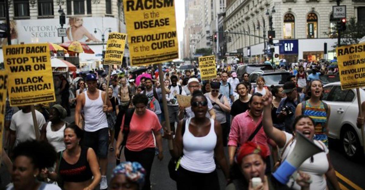 Раненный полицейским вСША афроамериканец скончался