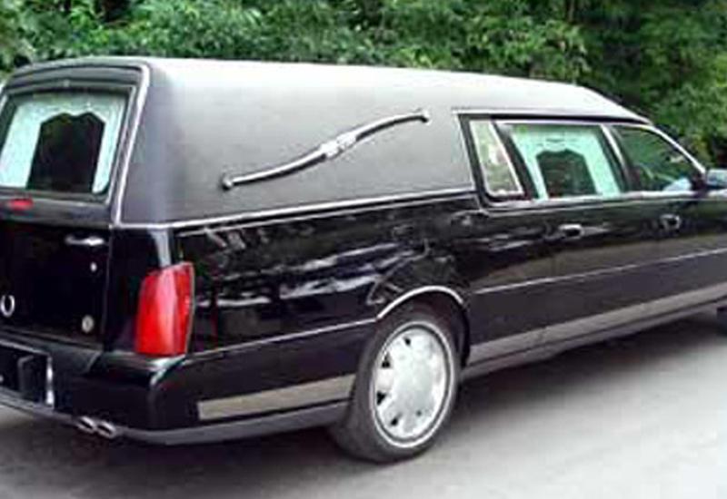"""Сотрудник похоронного бюро угнал катафалк в счет долга по зарплате <span class=""""color_red"""">- ВИДЕО</span>"""