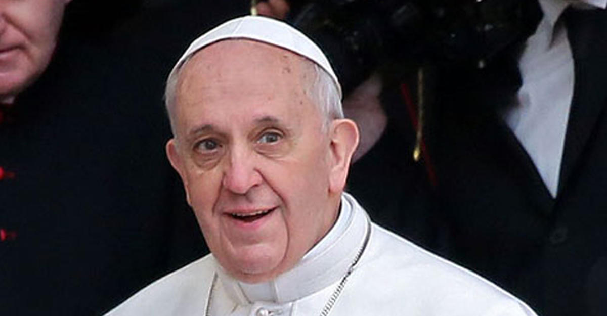 Визит папы Франциска встолице Азербайджана важен для разговора цивилизаций— Алиев