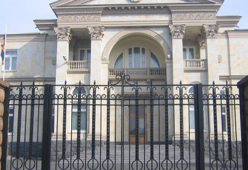 Ереванцы грозятся атаковать резиденцию Саргсяна