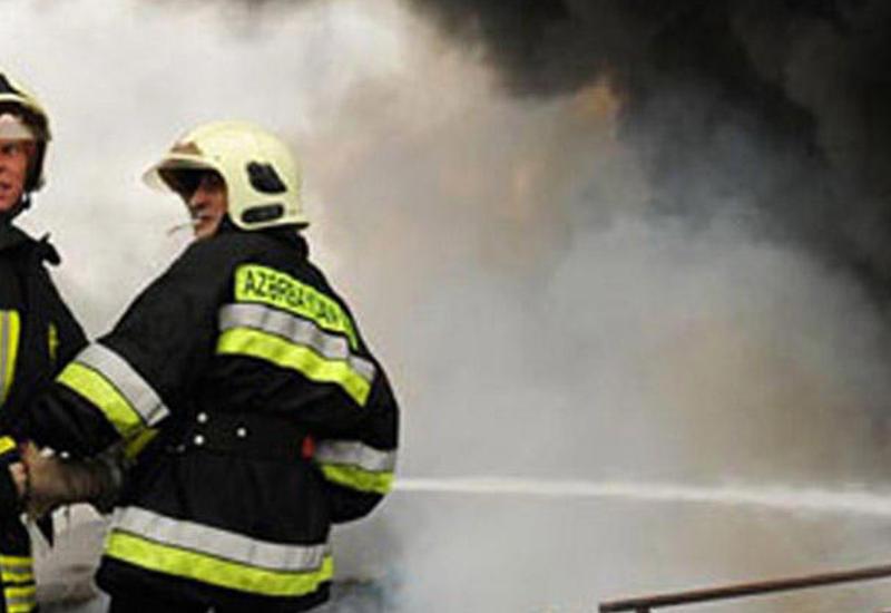 Пожар в жилом здании в Сумгайыте, 10 человек эвакуированы