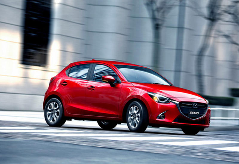 "Японцы отправили ""по вектору"" модели Mazda2 и CX-3 <span class=""color_red"">- ФОТО</span>"