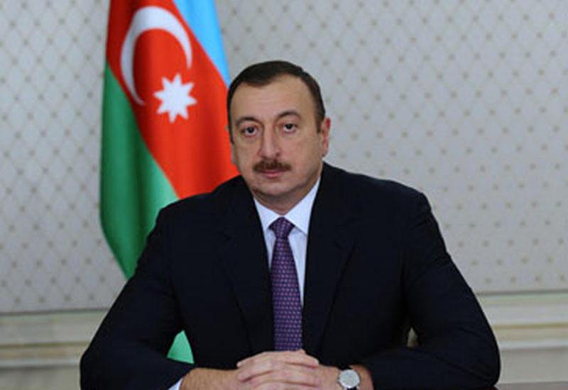 Президент Ильхам Алиев поздравил чешского коллегу