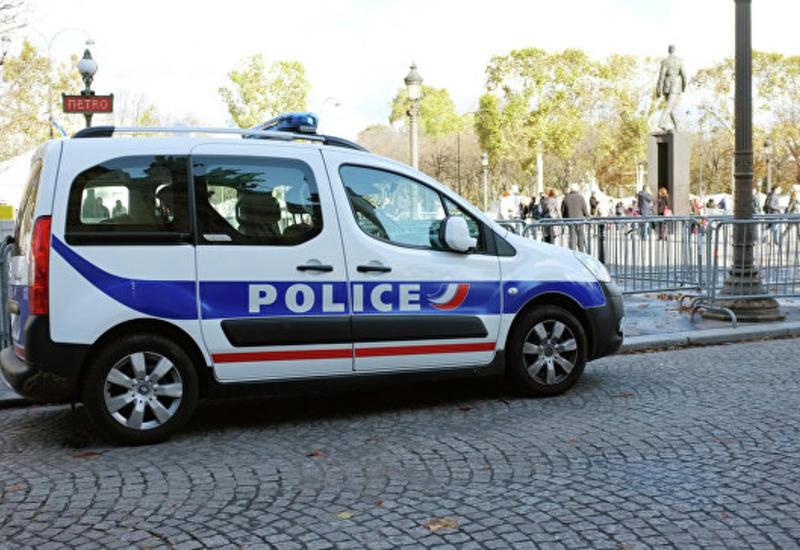 """Крупное ограбление ювелирного магазина в Париже <span class=""""color_red"""">- ПОДРОБНОСТИ</span>"""