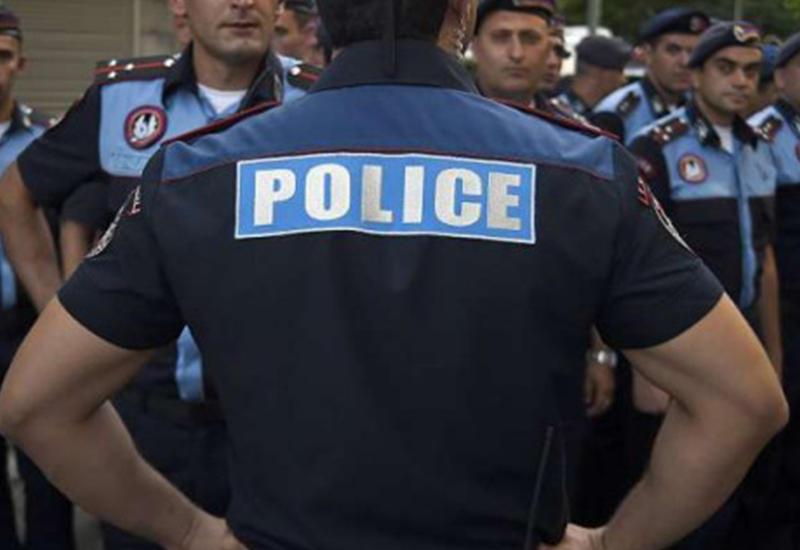 В Армении бунтуют портные, одевавшие полицию