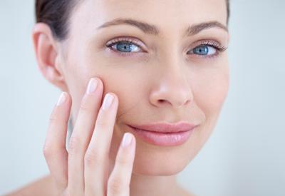 В 50 будет поздно: правила ухода за кожей с первыми признаками старения