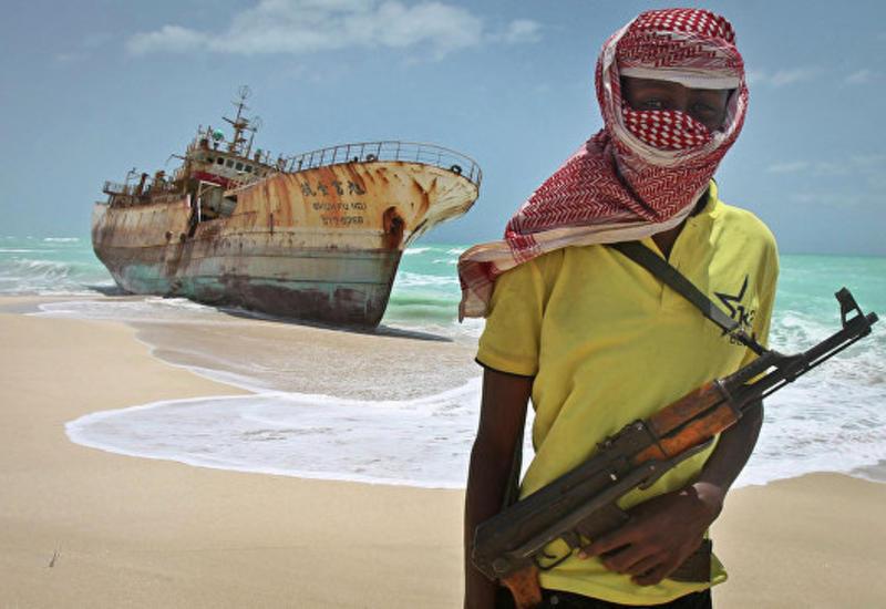 Сомалийские пираты освободили 26 моряков