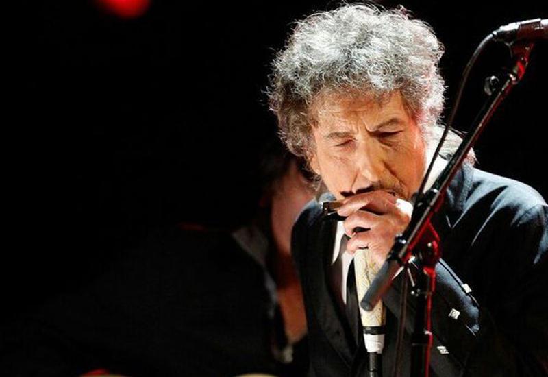 """Боб Дилан удалил со своего сайта упоминание о присуждении ему Нобелевской премии <span class=""""color_red"""">- ВИДЕО</span>"""