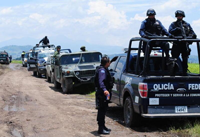 В Мексике бандиты захватили поселок и несколько часов грабили его