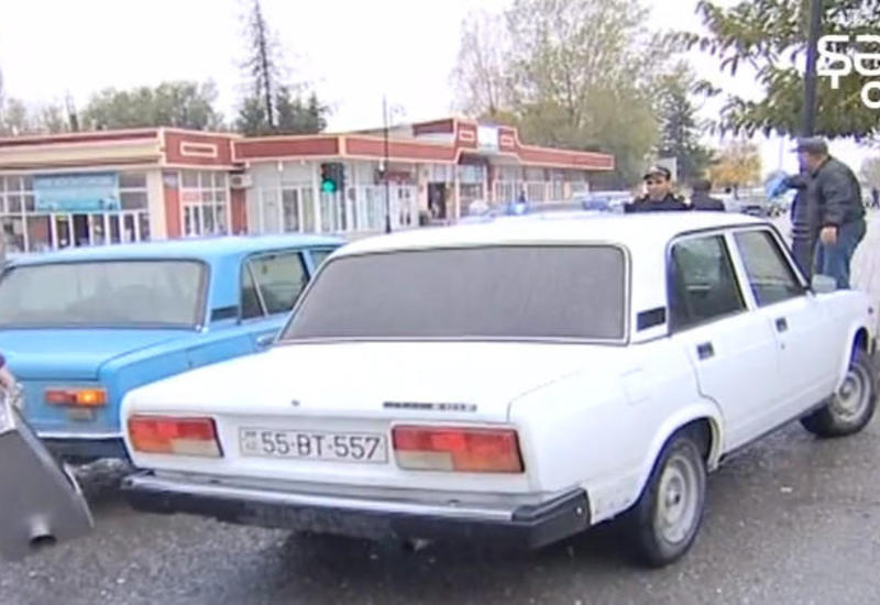 """Mercedes"" ""07"" ilə toqquşdu <span class=""color_red"">- VIDEO - FOTO</span>"