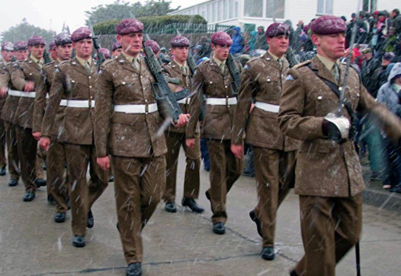 Британия перебросит в Эстонию батальон с бронетехникой