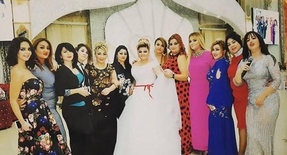 Azərbaycanlı müğənni Məhərrəmlikdə özünə toy etdi - FOTOLAR
