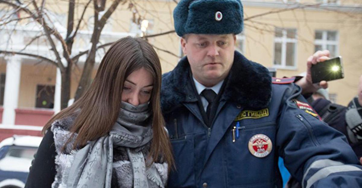 Суд добавил стритрейсерше Багдасарян еще 40 часов обязательных работ