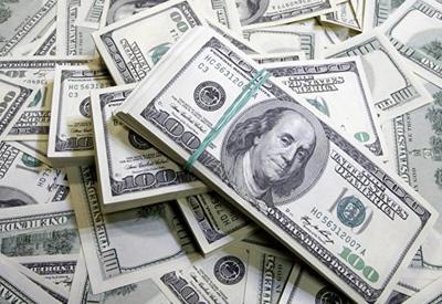 Нефтяной фонд продал на аукционах $301 млн