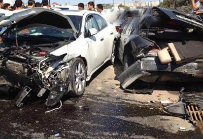 В Баку автомобиль посольства Венгрии попал в аварию