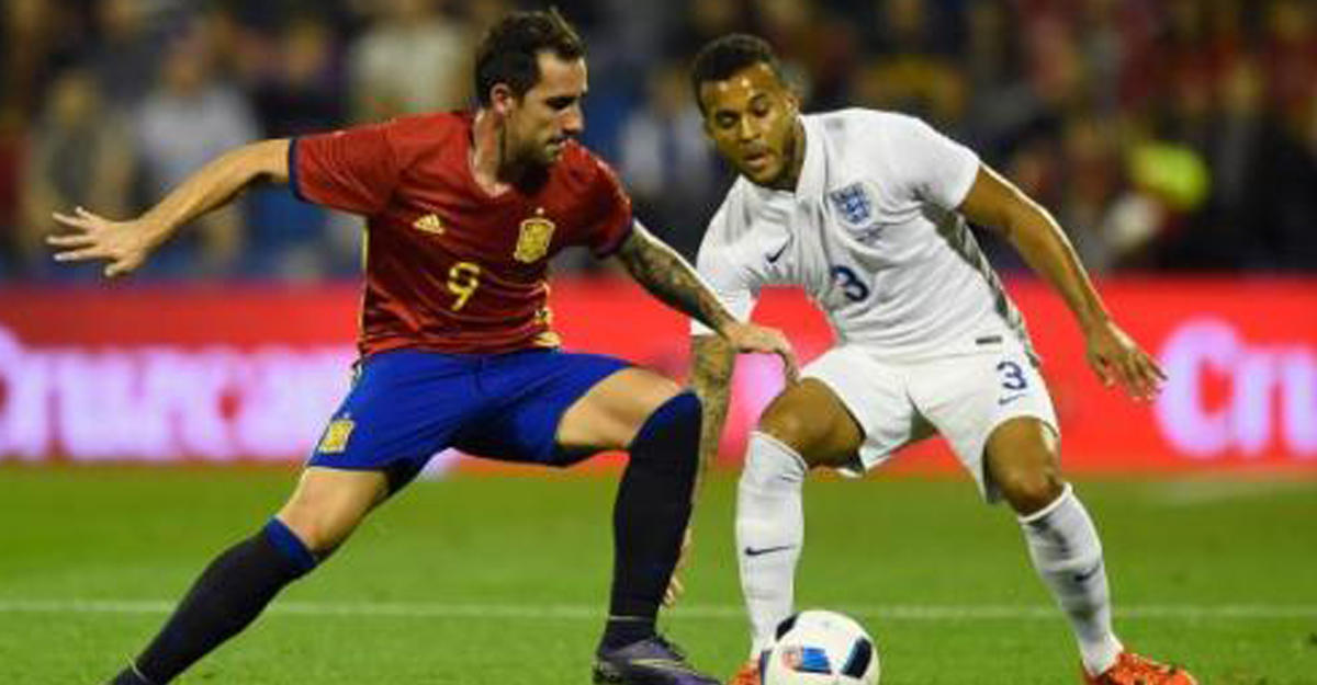 Испанские футболисты на96-й минуте ушли отпоражения вматче с британцами
