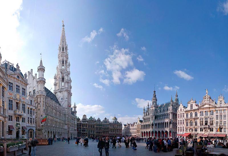 В Брюсселе чиновники-велосипедисты протестуют против загрязнения воздуха