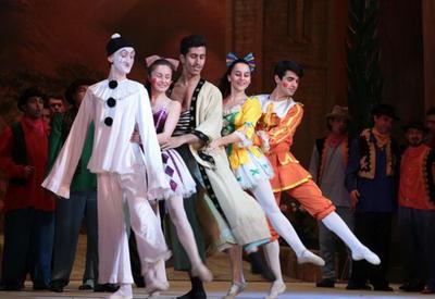"""Великолепные «Паяцы» в Театре оперы и балета <span class=""""color_red""""> - ФОТО</span>"""
