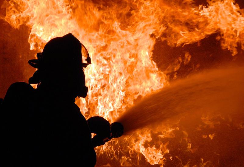 Сильный пожар в Риге, есть пострадавшие