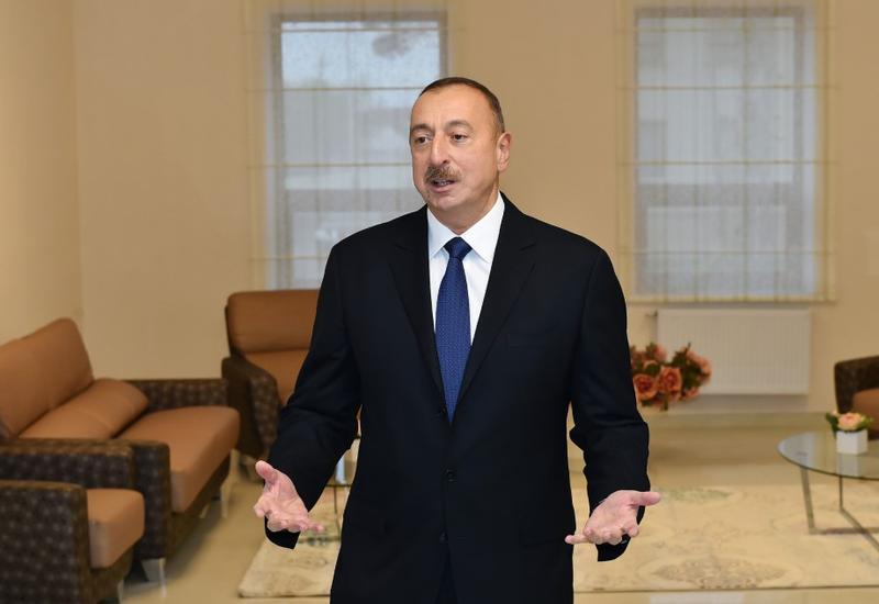 Президент Ильхам Алиев и его супруга Мехрибан Алиева ознакомились с условиями, созданными в центральной больнице в Зардабе