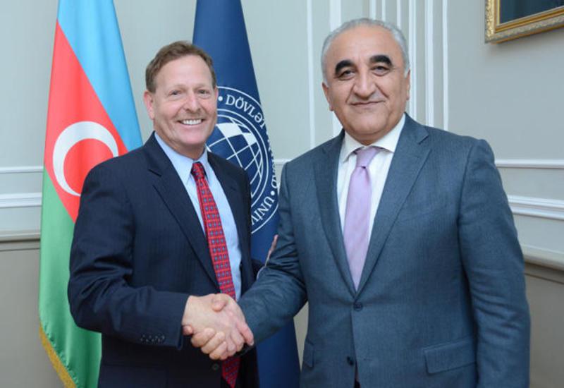 UNEC договорился о сотрудничестве с престижным университетом США