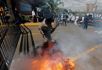 Из кенийской психушки сбежали более ста пациентов